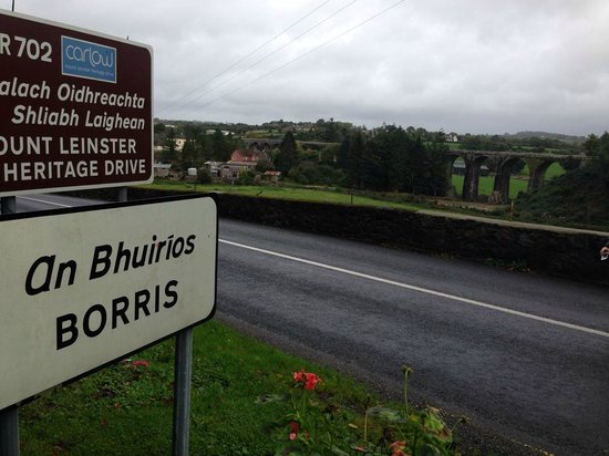 Brenda`s B&B : Borris sign