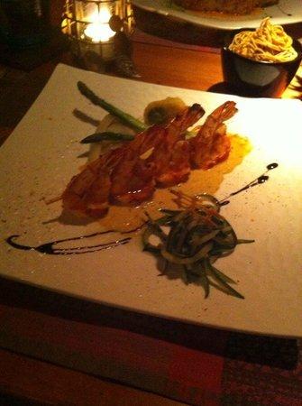 Restaurant Thierry Saveurs et Cuisine : Brochette de scampis plancha