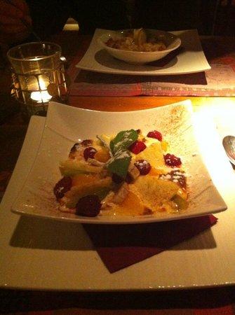 Restaurant Thierry Saveurs et Cuisine : Gratin de fruits de saisons    Crumble