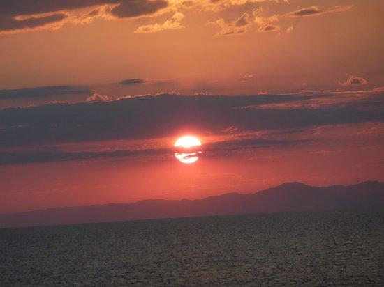Kaya Mawa: Sunset