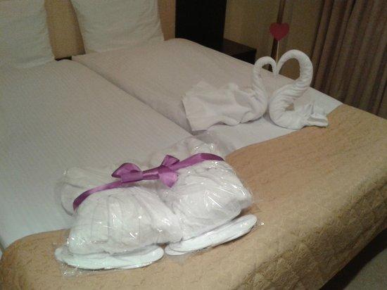 """SunFlower Park Hotel: Вот это все """"праздничное оформление""""..."""