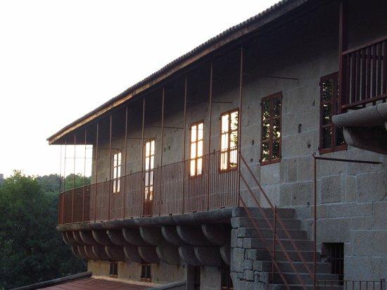 Torre Lombarda: Exterior del edificio