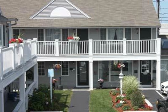 Nantasket Hotel at the Beach: shared deck