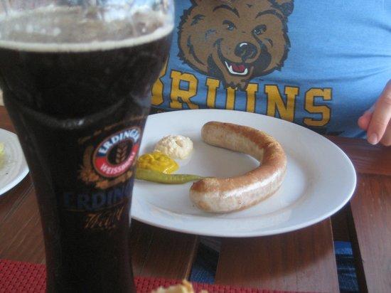 Oesterreicherhaus: Beer and Bratwurst