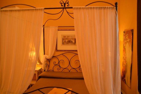 Hotel Pisa Tower: La chambre