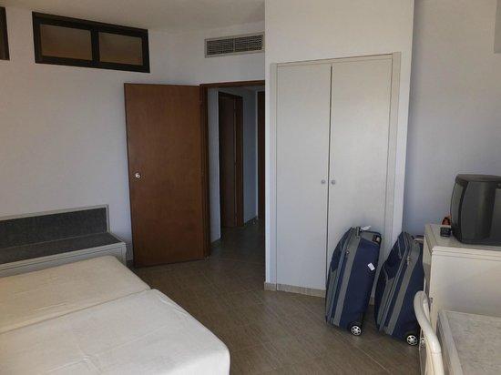 Pegasos Deluxe Beach Hotel : Zimmer