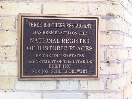Three Brothers Restaurant : historic