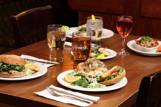 Powder Springs Inn: Food From Our On-Site Pub/Restaurant