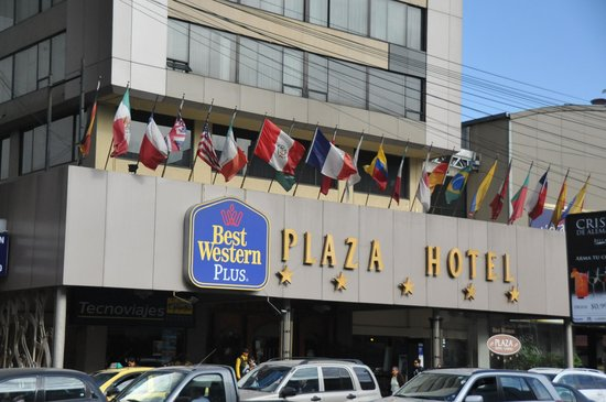 Best Western CPlaza Hotel: Frontis del Hotel