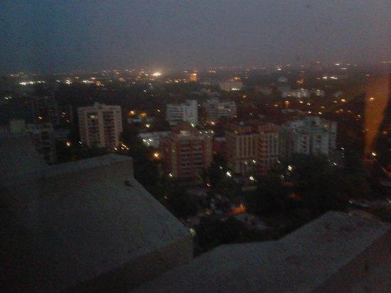 The Hans New Delhi : 18 floor
