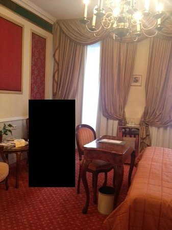 Bristol Hotel Salzburg: Russian Room - a little smaller than expected.  Note the mirrored minibar.