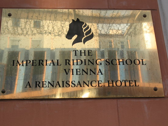 Imperial Riding School Renaissance Vienna Hotel: Sign