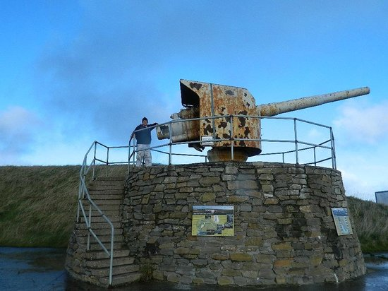 Scapa Flow Visitor Centre and Museum: battery defence gun