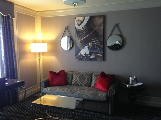 Scala's Bistro: Sitting Area of our Hotel Room