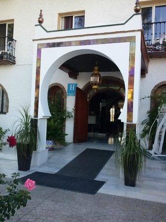 Nerja Club: entrada del hotel