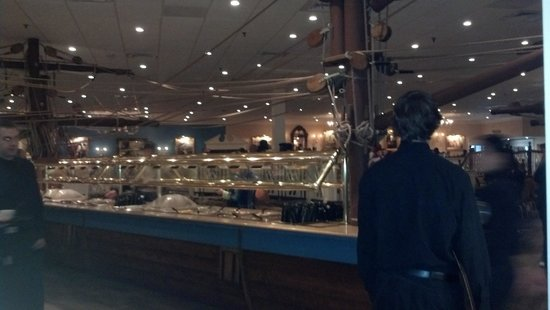 Captain George's Seafood Williamsburg : Buffet