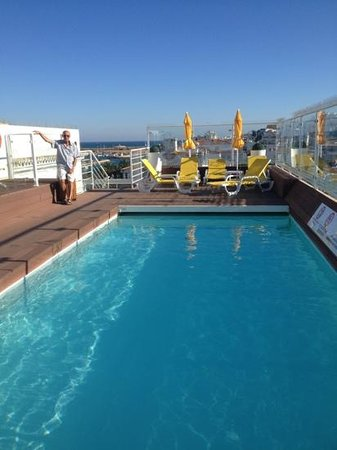 Hotel Marina Rio : the roof top pool