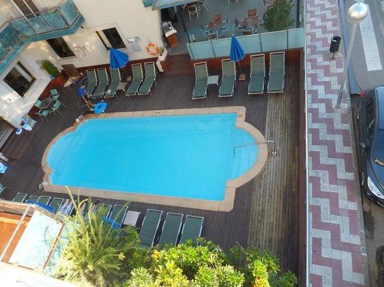 Sant Jordi Boutique Hotel : piscine de l'hotel