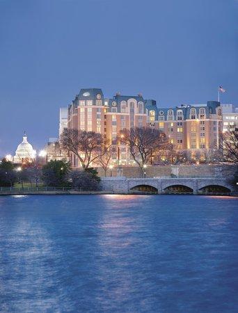 مانديران أورينتال واشنطن دي سي: Hotel Exterior