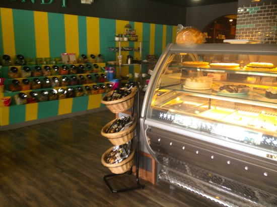 Inner Eye Coffee Shop & Bakery: Pastries & candy bins