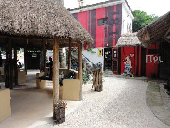 Itour Mexico : Innenhof