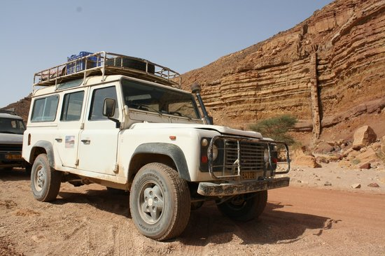 Negev Jeep: Jeep tour in the Ramon Crater