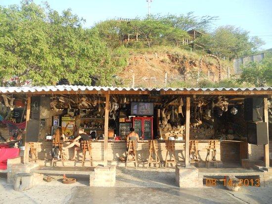 Mirador Hostel: The bar