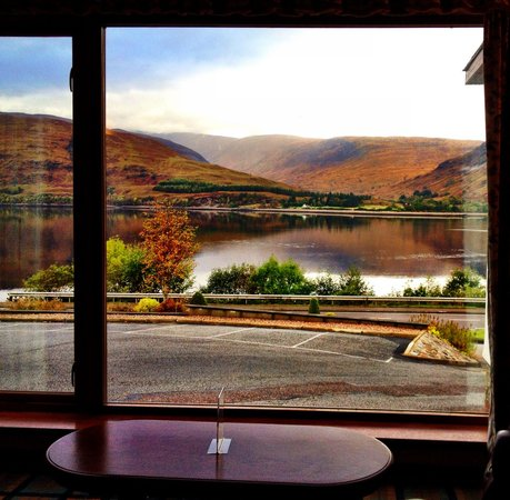Clan Macduff Hotel: View from the relaxing television lounge