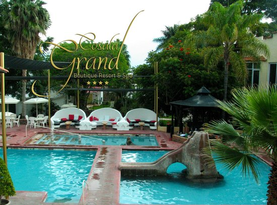 Cosala Grand Boutique Resort & Spa: Albercas de Agua Termal Minerala diferentes temperaturas
