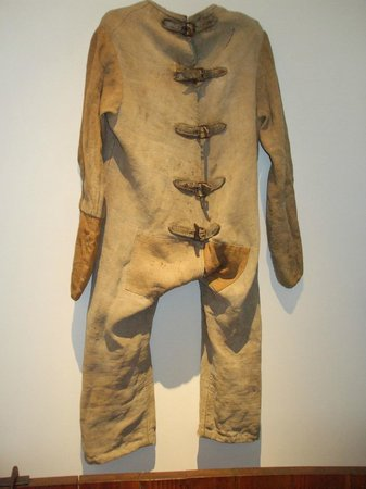 Medical Museum : 'Straight jacket'