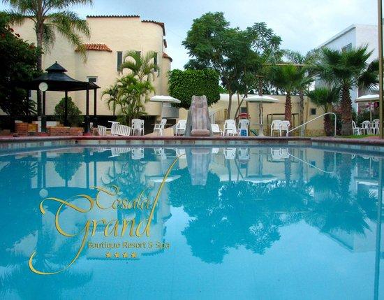 Cosala Grand Boutique Resort & Spa: Alberca principal de Agua Termal Mineral se mantiene alrededor de 36 grados centígrados