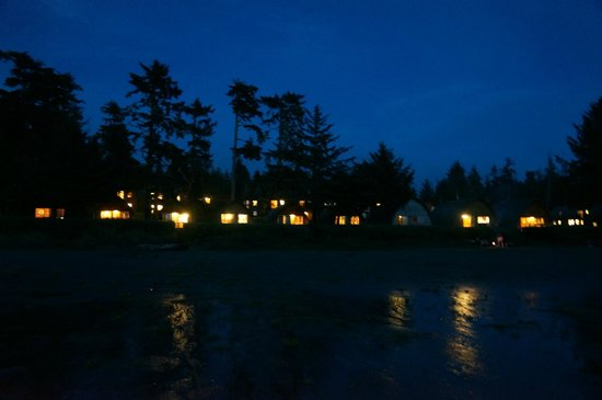 Ocean Village Beach Resort: The village at night