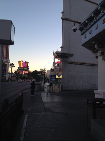 Best western casino royale parking aladdin casino reno