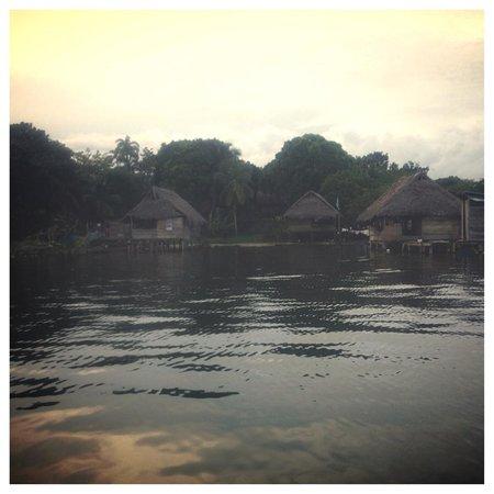 Laguna Azul Eco Lodge: NATIVE HUTS
