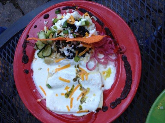 Rolando's Restaurante: Enchiladas with sour cream and tomatilla sauce