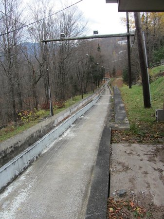 Bobsled and Luge Complex : View of the track from the starting point