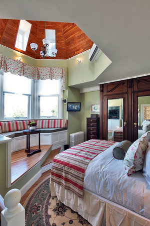 Cliffside Inn: The Tower Suite at Cliffside
