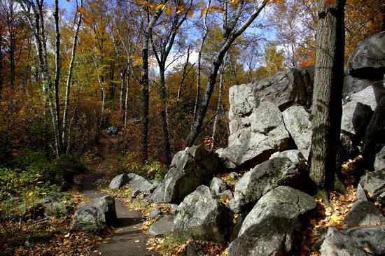 Rib Mountain State Park : the boulders rock!