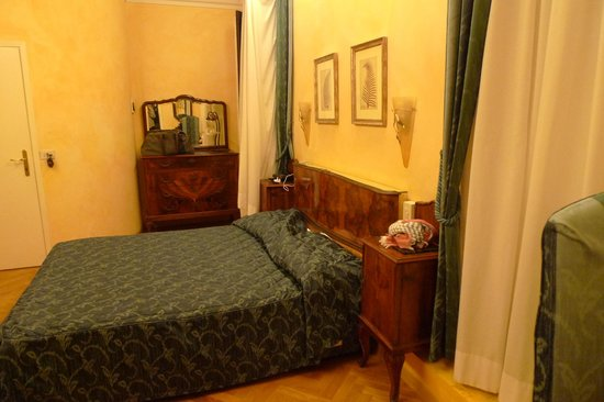 Hotel Alessandra : Lower Floor Room for 2 People