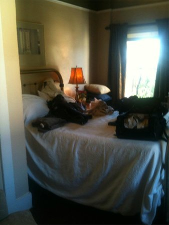Weatherford Hotel: Room 53 - sorry so messy. traveling by motorycle so have to bring in 10 day's worth of luggage.