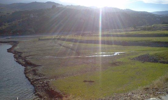 Hostal Rural Los Naranjos: embalse