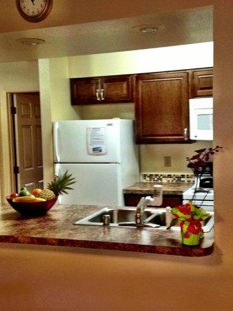 Sunny Maui Condos: Beautiful upgraded kitchen