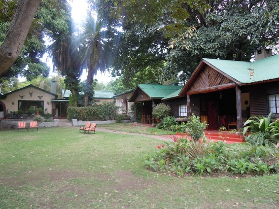 Mount Meru Game Lodge & Sanctuary: View of the lodge