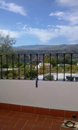 Hostal Rural Los Naranjos: vistas terraza habitación