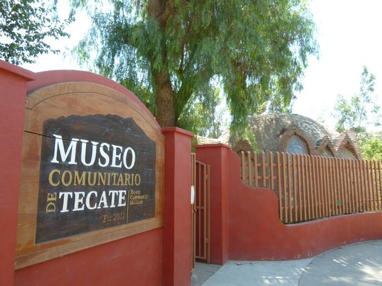 Tecate, Messico: At the entrance of the museum.