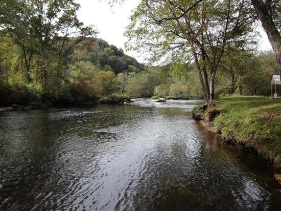 Two Rivers Lodge: River