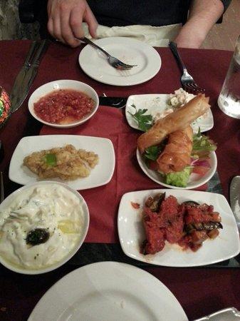 Fern Cottage Restaurant: Mixed mezes platter
