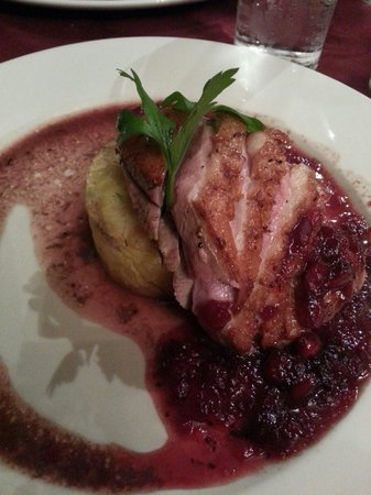 Fern Cottage Restaurant : Duck breast with red berries
