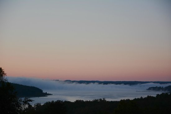 Mockingbird Bay Resort : view from the 3 bedroom log house balcony