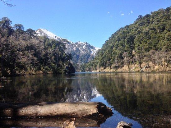 Refugio Tinquilco: Lago Toro